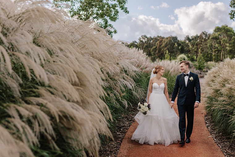 The Stables at Bendooley Estate, wedding photos in the Southern Highlands